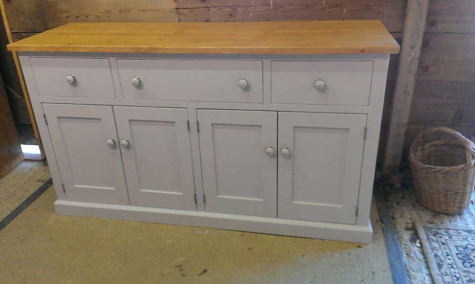 5-foot-painted-base-Pine-top
