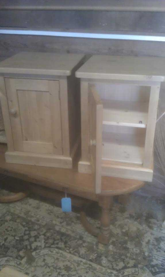 bed sides doors waxed pine