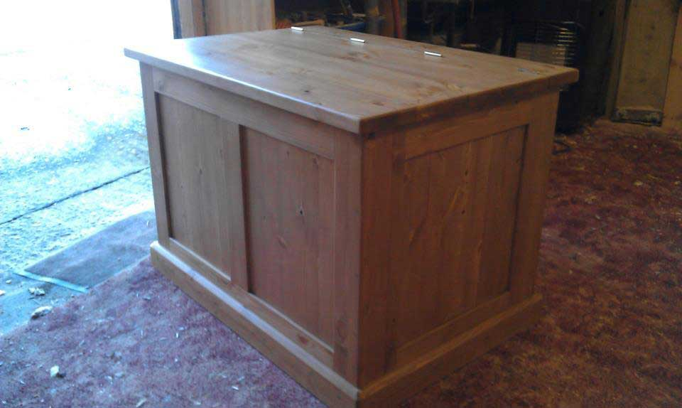 pine box chest storage waxed hand made