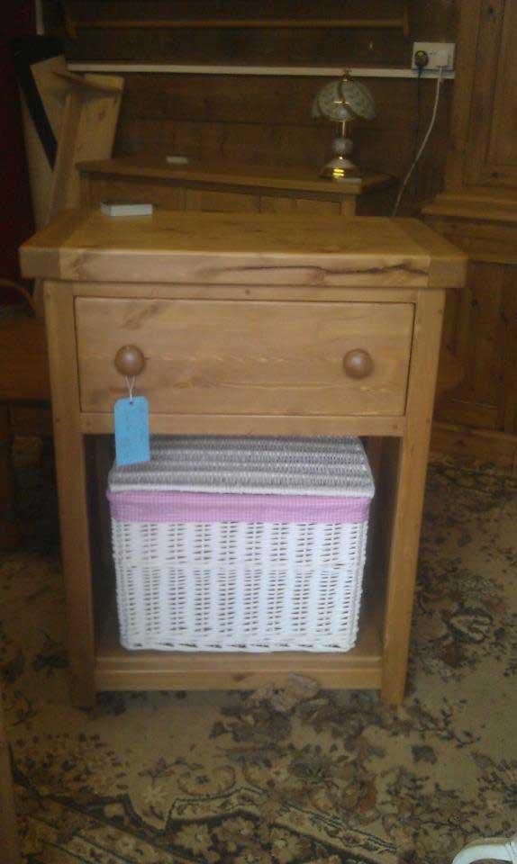 pine island kitchen draewr and basket